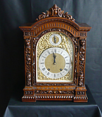 Carved oak mantle clock Lenzkirch
